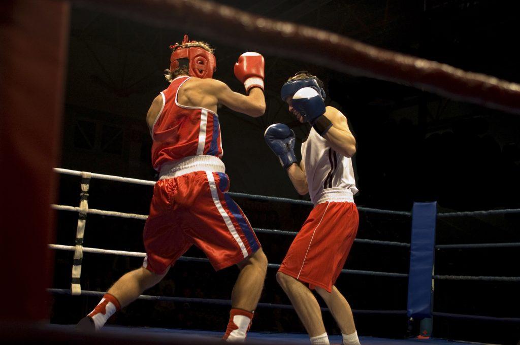 Agressive boxing fight